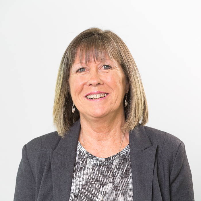 Tracey Pinnell - Sales Negotiator